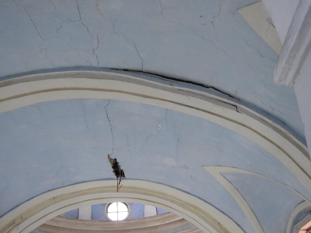 Iglesia Santa Liberata, estado de consrvación del techo de la nave central.